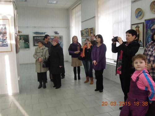 """В Музейном центре г. Сегежа проходит выставка """"Онежская палитра. Избранное"""""""
