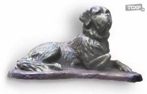 Хозяйка скульптурной мастерской. Гипс, тон, 20x34x21